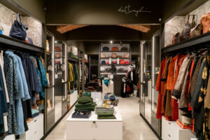 Dettagli di capogiro Lecco panoramica negozio donna